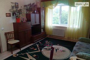 Продается 1-комнатная квартира 43 кв. м в Чернигове