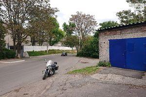 Сдается в аренду отдельно стоящий гараж под легковое авто на 100 кв. м
