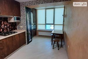 Сдается в аренду 2-комнатная квартира 65 кв. м в Луцке