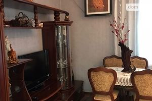 Продается 2-комнатная квартира 52 кв. м в Мариуполе