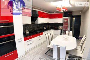 Продается 2-комнатная квартира 71.1 кв. м в Черновцах