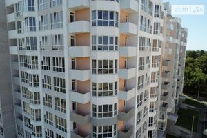Продается нежилое помещение в жилом доме 127.9 кв. м в 10-этажном здании