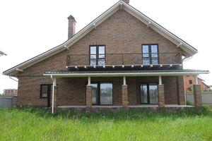 Продається будинок 2 поверховий 240 кв. м з гаражем