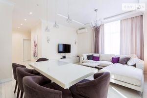 Сдается в аренду 4-комнатная квартира 120 кв. м в Киеве