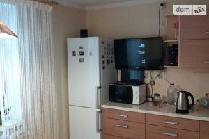 Продается 3-комнатная квартира 75 кв. м в Черкассах
