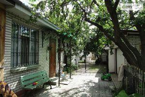 Продається частина будинку 105 кв. м з гаражем