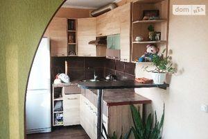 Продается 3-комнатная квартира 55 кв. м в Славянске