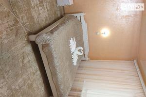 Сдается в аренду 2-комнатная квартира 37 кв. м в Черновцах