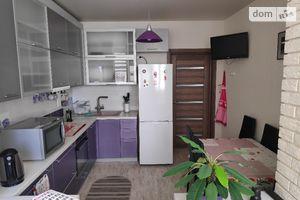 Продается 2-комнатная квартира 70.9 кв. м в Киево-Святошинске