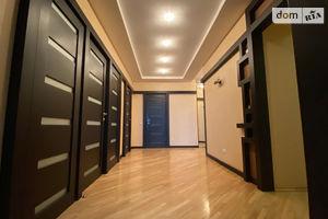 Продается 4-комнатная квартира 141 кв. м в Киеве