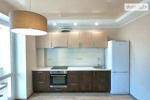 Продается 2-комнатная квартира 79 кв. м в Ирпене