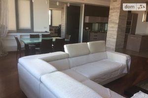 Сдается в аренду 4-комнатная квартира 174 кв. м в Днепре