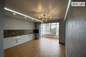 Продается 2-комнатная квартира 65 кв. м в Ивано-Франковске