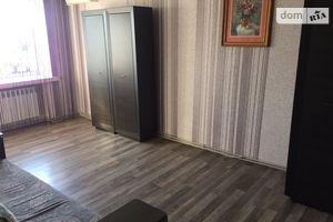 Сдается в аренду 1-комнатная квартира 55 кв. м в Ужгороде