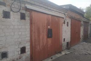 Продається місце в гаражному кооперативі під легкове авто на 30 кв. м