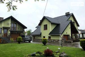Продается дом на 2 этажа 220 кв. м с садом