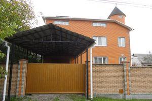 Продается дом на 2 этажа 316 кв. м с террасой