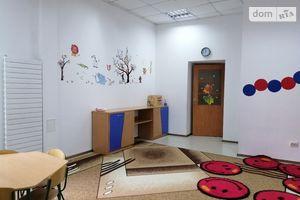 Продается помещения свободного назначения 130.2 кв. м в 3-этажном здании