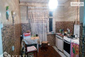 Продается 3-комнатная квартира 62 кв. м в Чернигове