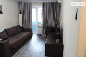 Продається 2-кімнатна квартира 42 кв. м у Одесі