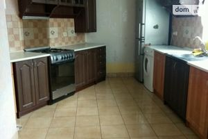 Сдается в аренду 3-комнатная квартира 80 кв. м в Бердичеве