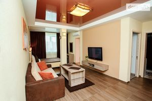 Сдается в аренду 2-комнатная квартира 50 кв. м в Чернигове