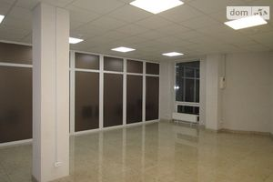 Сдается в аренду помещения свободного назначения 46 кв. м в 6-этажном здании