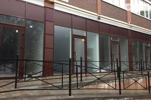 Продається приміщення вільного призначення 27 кв. м в 9-поверховій будівлі