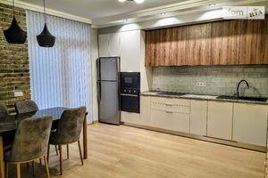 Сдается в аренду 2-комнатная квартира 75 кв. м в Черновцах