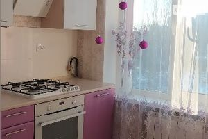 Продается 2-комнатная квартира 41 кв. м в Мариуполе
