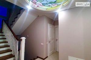 Продается дом на 2 этажа 300 кв. м с мебелью