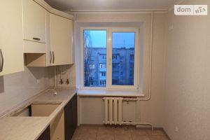 Продается 3-комнатная квартира 67.4 кв. м в Коростене