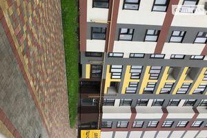 Продается 2-комнатная квартира 78 кв. м в Тернополе
