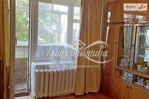 Продается 1-комнатная квартира 37 кв. м в Чернигове