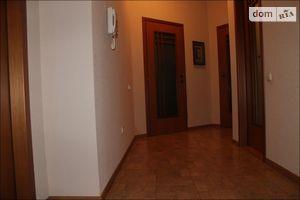 Продается 5-комнатная квартира 230 кв. м в Днепре