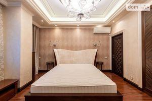 Продается 3-комнатная квартира 114 кв. м в Киеве