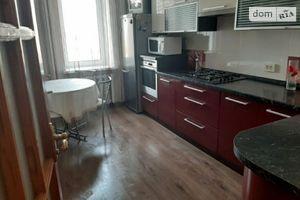 Сдается в аренду 3-комнатная квартира 73 кв. м в Ровно
