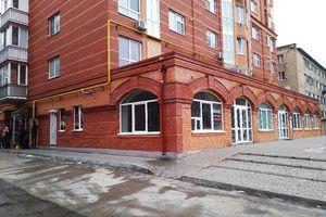 Продається приміщення вільного призначення 122 кв. м в 10-поверховій будівлі