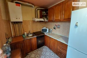 Продается 3-комнатная квартира 76.5 кв. м в Тернополе