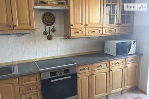 Продается 4-комнатная квартира 133 кв. м в Киеве