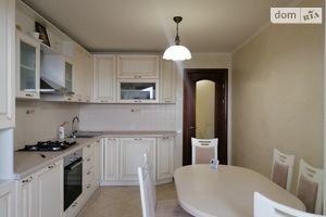 Продается 3-комнатная квартира 83 кв. м в Тернополе