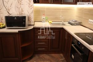 Продается 2-комнатная квартира 63 кв. м в Киеве