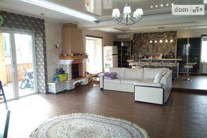 Продается дом на 2 этажа 422.5 кв. м с мансардой