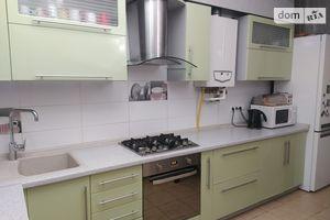 Продається 2-кімнатна квартира 70 кв. м у Ірпені