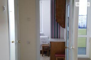 Сдается в аренду 1-комнатная квартира 35 кв. м в Черновцах