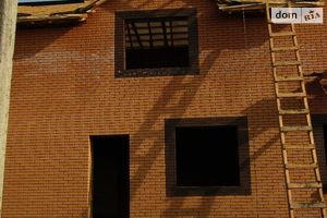 Продается дом на 2 этажа 92 кв. м с мансардой