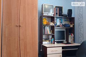 Продається 3-кімнатна квартира 56 кв. м у Гнивані