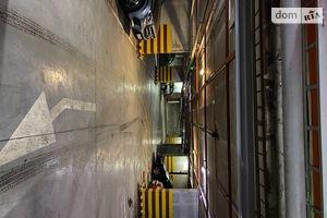 Продается подземный паркинг под легковое авто на 14 кв. м