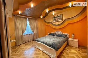 Сдается в аренду 3-комнатная квартира 104 кв. м в Львове