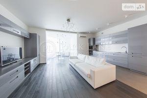 Продается 3-комнатная квартира 128 кв. м в Киеве